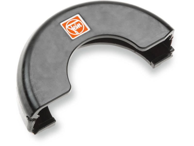 Recouvrement du capot de protection pour les travaux de tronçonnage