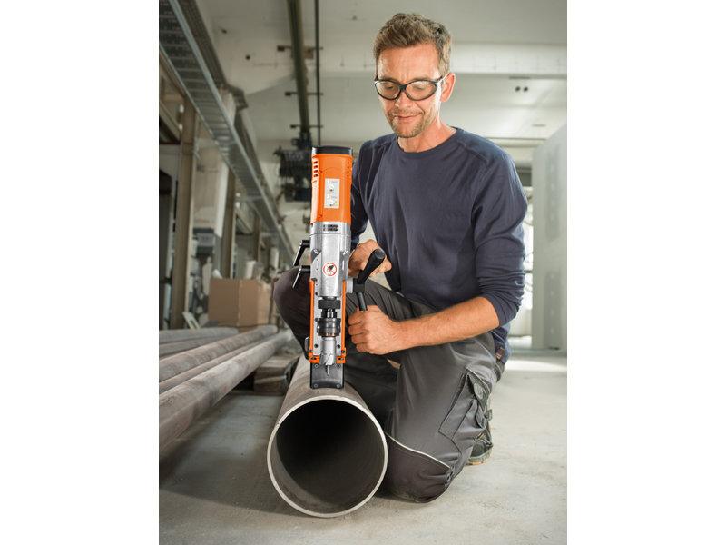 Jádrové vrtání do kovu - AKBU 35 PMQW