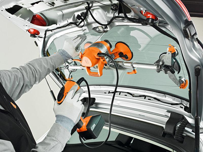 Oddělování skel automobilů - SuperWire (bez akumulátoru a nabíječky)